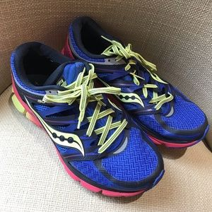 Saucony tennis shoes. PWR GRIO.